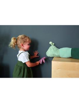 imagem de Brinquedo de tecido com chocalho Garden Explorer Oruga 7
