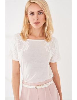T-Shirt SHOT decote largo branco Ref 105