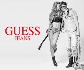 Imagem da campanha Guess Jeans
