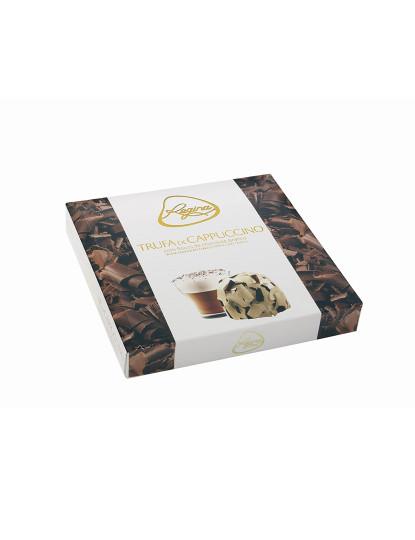 Trufas De Cappuccino Com Flocos De Chocolate Branco