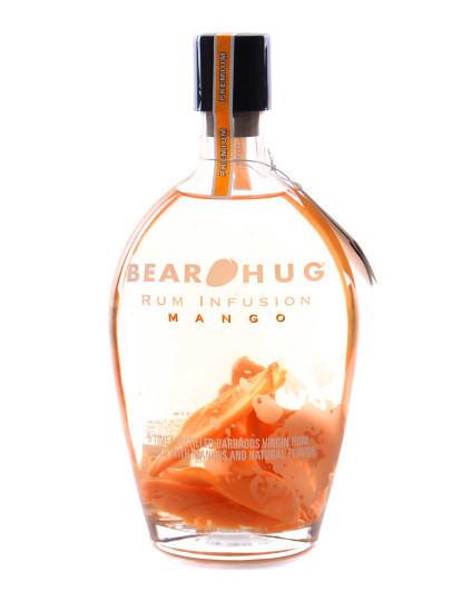 Garrafa Bear Hug Manga 1L | Uma marca inovadora de Licor que mistura alcool com fruta fresca!